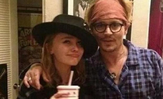 Джони Деп ще снима филм заедно със своята дъщеря Лили-Роуз